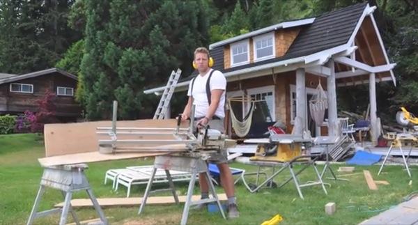 family-mortgage-free-eco-cabin-006