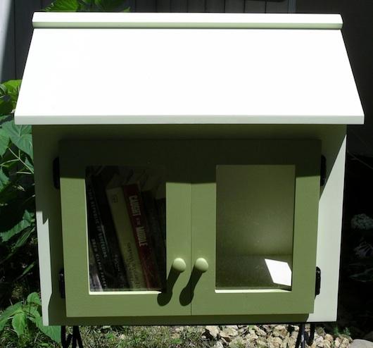 Free Tiny House Library