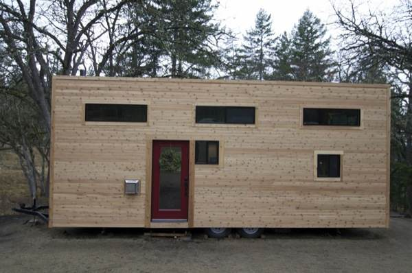 gabriella-and-andrew-modern-tiny-house-build-0018
