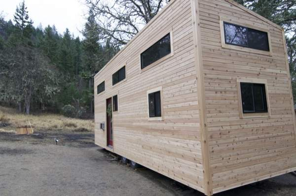 gabriella-and-andrew-modern-tiny-house-build-002