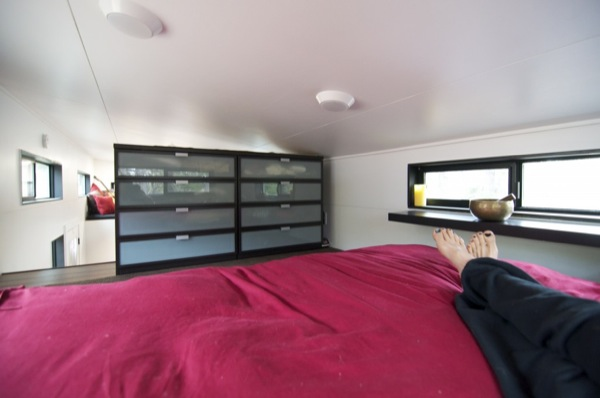gabriella-and-andrew-modern-tiny-house-build-0026
