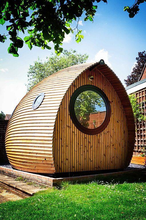 garden-pod-tiny-house-vacation-rental-0001