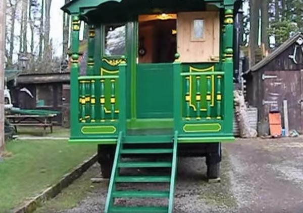 green-wagon-002