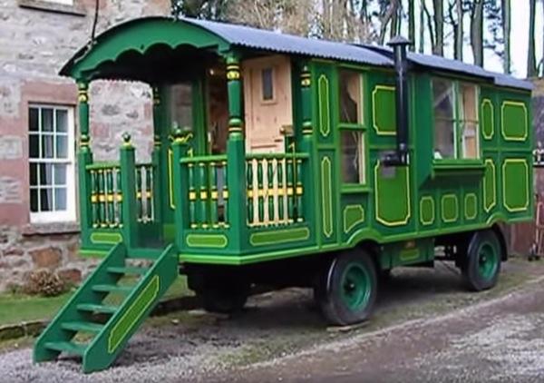 green-wagon-014