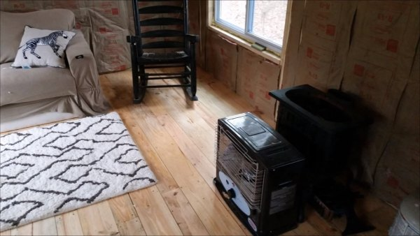how-to-build-your-own-tiny-cabin-010