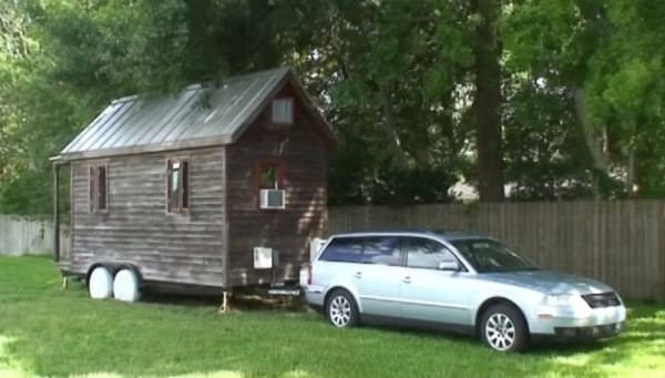 how-to-turn-your-car-into-a-tiny-rv-02