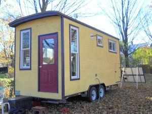 jane-dwinells-668-sf-little-house-008