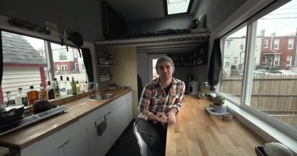 jay-austins-140-sq-ft-matchbox-tiny-home-on-wheels-003