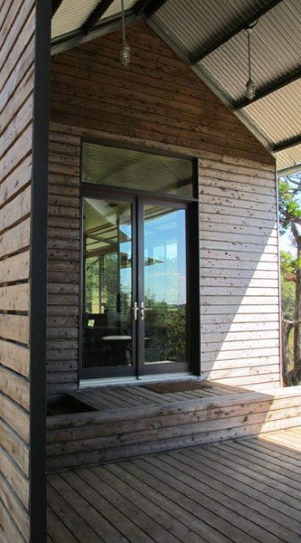 lake-flato-porch-house-06