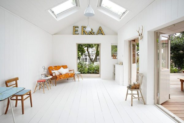lightlocations-summerhouse-sw12-small-home-002