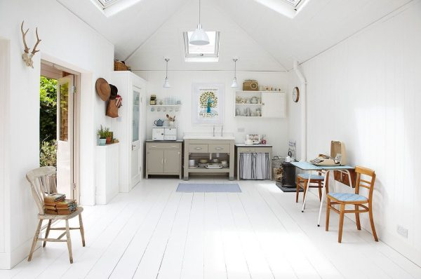 lightlocations-summerhouse-sw12-small-home-003