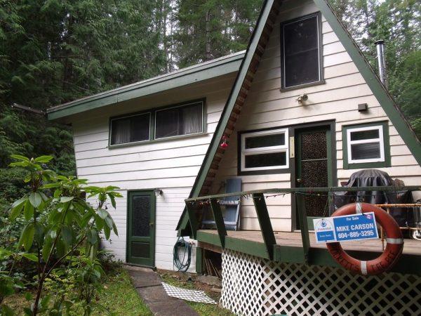 little-a-frame-cabins-on-the-sunshine-coast-00013