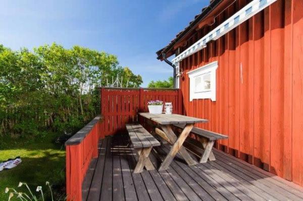 little-village-cottage-sweden-028