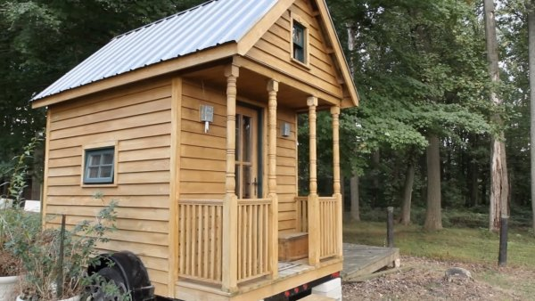 living-large-tiny-house-movement-001
