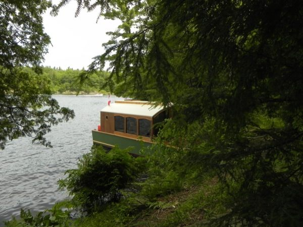 micro-boathouse-diannes-rose-0022
