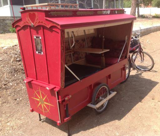 micro gypsy wagon for bicycles 09   Micro Gypsy Wagon That You Can Tow by Bicycle