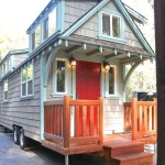 mobile-tiny-cottage-001