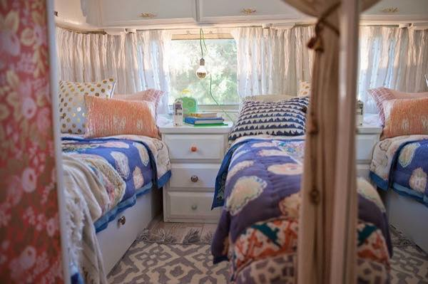 renovated-airstream-with-anthropologie-and-sarah-schneider-009