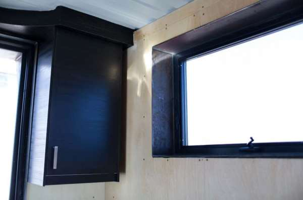 rhino-shipping-container-tiny-homes-rhino-cubed-0010