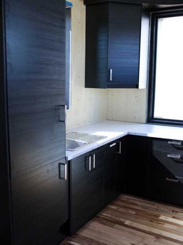 rhino-shipping-container-tiny-homes-rhino-cubed-008