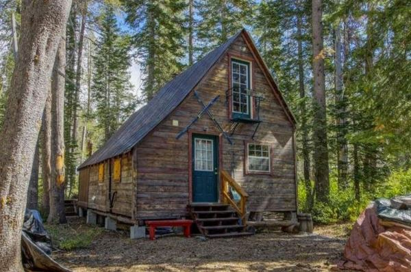 riverfront-tiny-cabin-in-the-woods-for-sale-04