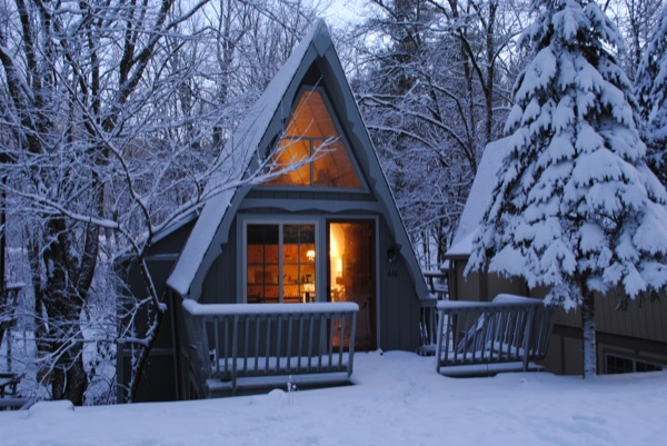 riverwood-700-sf-a-frame-inspired-cabin-in-nc-006