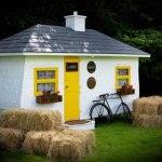 shebeen-tiny-irish-pub-on-wheels-01