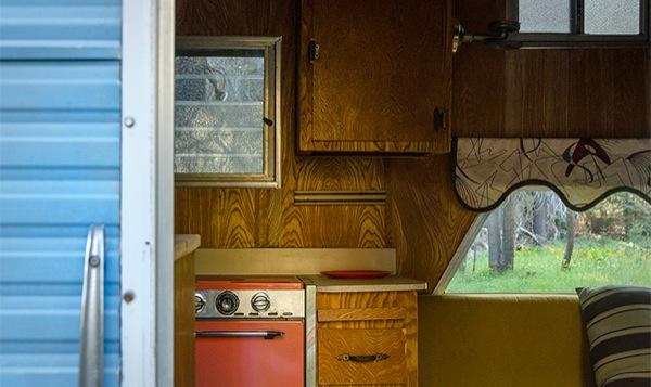 silverstreak-30-travel-trailer-to-cabin-renovations-013