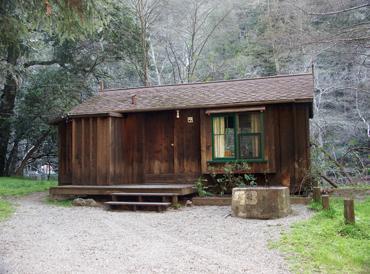 small-cabin-9