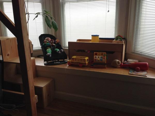 studio-apartment-bay-window1