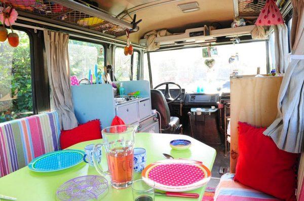 surf-bus-cozy-camper-van-004