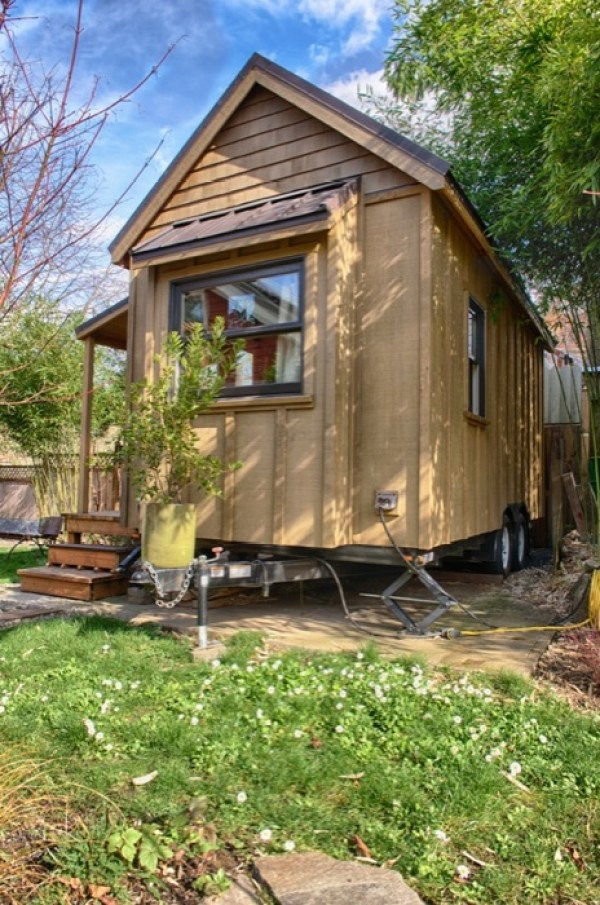 Sweet pea tiny house plans to build your own for Tiny houses design your own