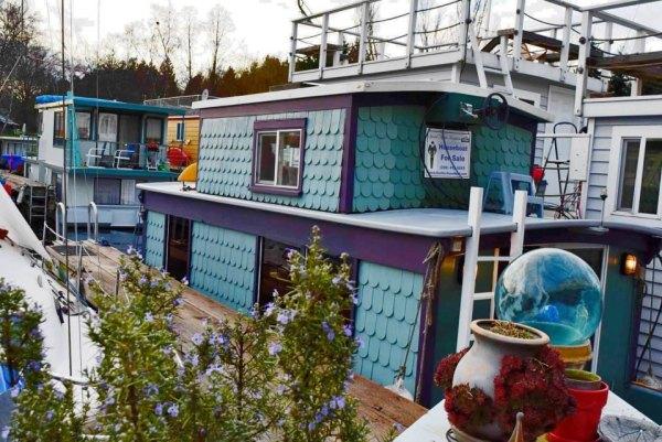 tao-tiny-houseboat-lake-union-smallhousebliss-016