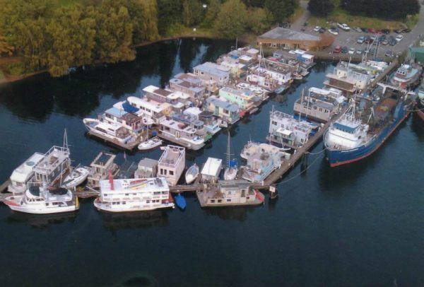 tao-tiny-houseboat-lake-union-smallhousebliss-017