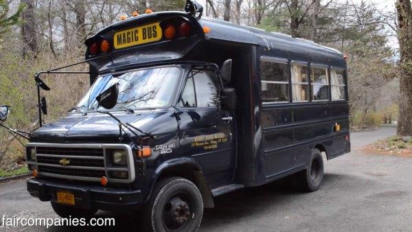 teen-convert-school-bus-5600-off-grid-motorhome-015