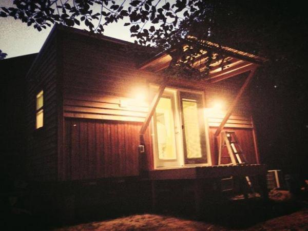 tennessee-tiny-homes-latest-tiny-house-on-wheels-02