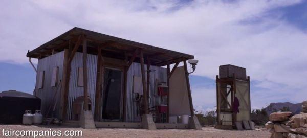 the-field-lab-128-sq-ft-tiny-house-by-john-wells-via-faircompanies-0012