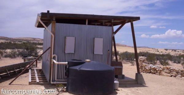 the-field-lab-128-sq-ft-tiny-house-by-john-wells-via-faircompanies-003