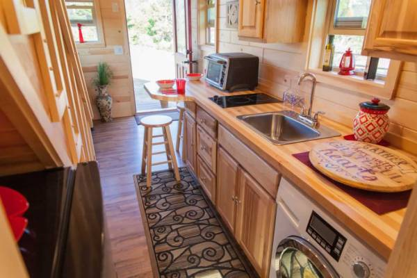 the-freedom-tm-tiny-home-wheels-008