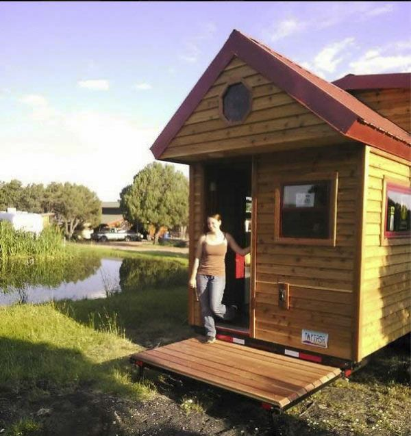 the-freedom-tm-tiny-home-wheels-035