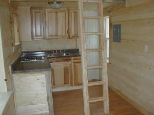 the-hamptons-cabin-by-tiny-portable-cedar-cabins-007