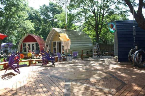 tiny-arched-cabins-06