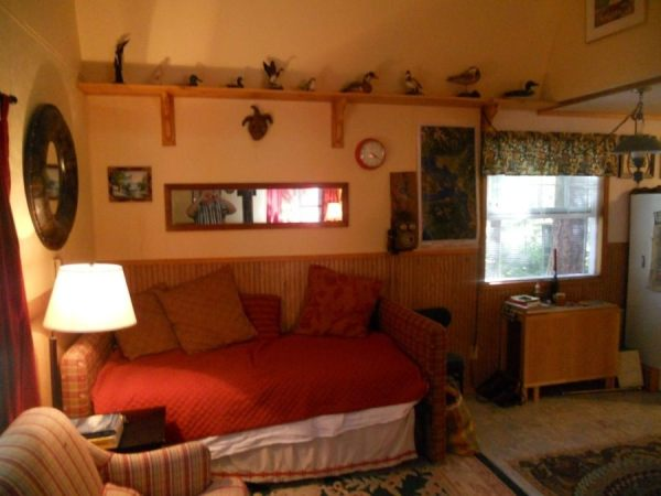 tiny-barn-cabin-with-rv-tiny-house-parking-for-sale-00011