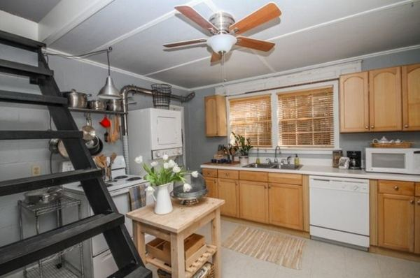 tiny-cottage-rental-savannah-homeaway-005