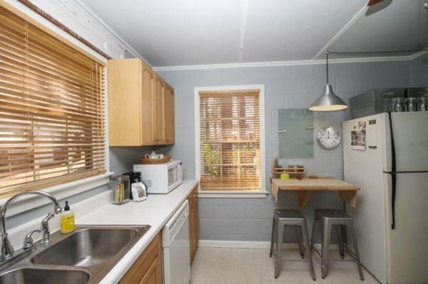 tiny-cottage-rental-savannah-homeaway-007