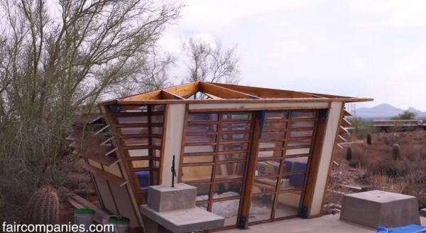 tiny-dorm-shelters-at-frank-lloyd-wrights-taliesin-architecture-school-001