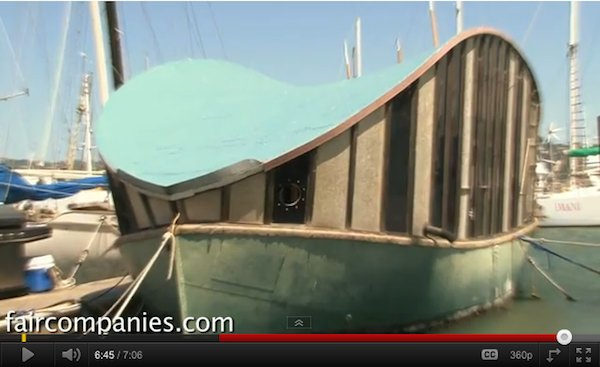 Tiny House of the Week: Fivers Houseboat - Easy Spot to NOT Leave, haha