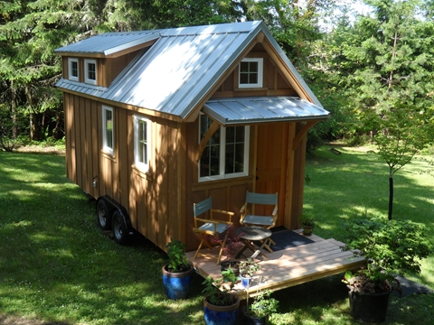tiny-house-on-wheels-by-oregon-cottage-company-03