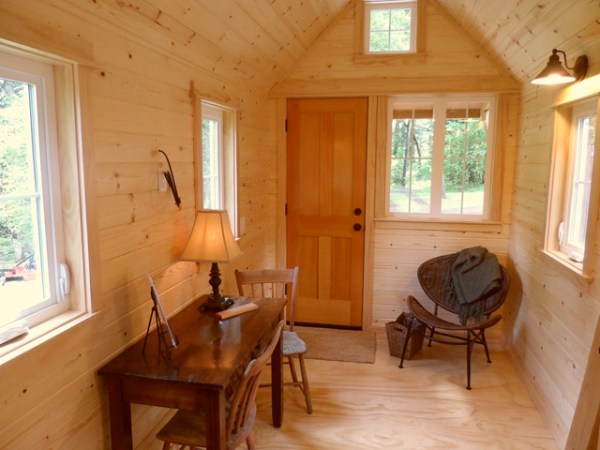 tiny-house-on-wheels-by-oregon-cottage-company-13