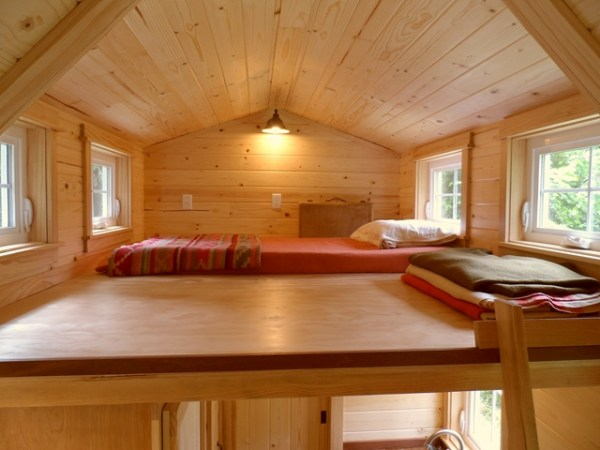tiny-house-on-wheels-by-oregon-cottage-company-15